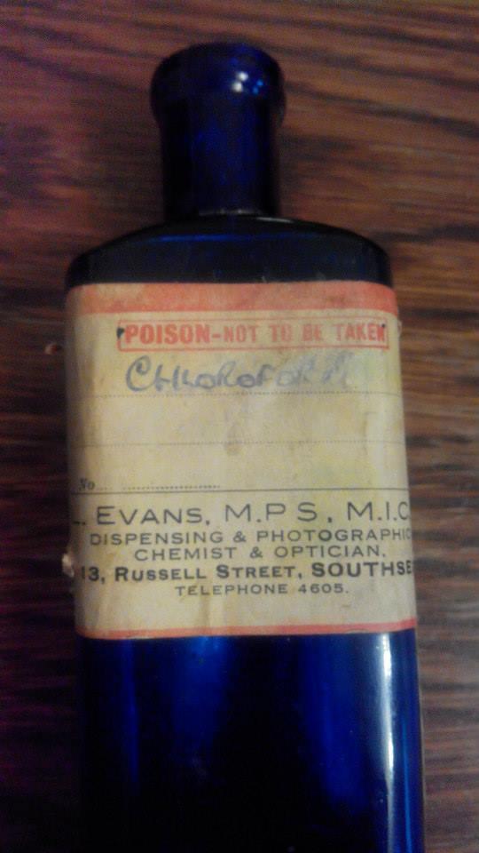 Chloroform bottle (circa 1900)